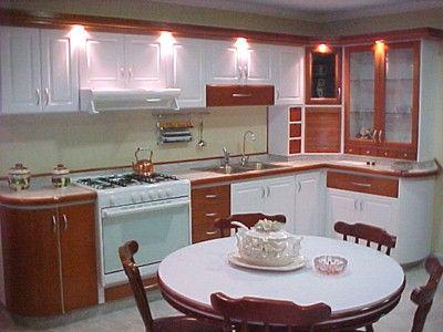 Como iluminar correctamente una cocina for Muebles de cocina americana fotos