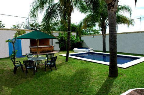 Casas de descanso for Casas bonitas con alberca y jardin