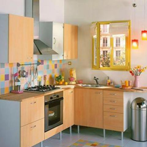 Como decorar una cocina peque a informaci n valiosa for Como amueblar una cocina pequena