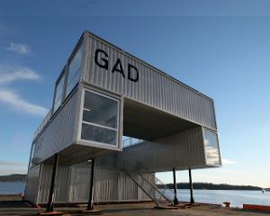 Contenedores y Arquitectura convencional