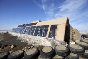Earthship casa solar pasiva