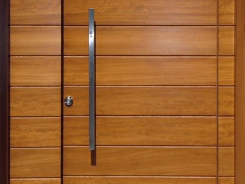 Como construir una puerta de madera - Como barnizar una puerta de madera ...