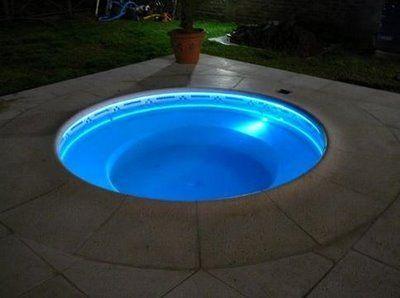 Iluminacion de piscinas con fibra optica for Iluminacion piscinas
