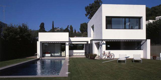 Estilos de casas modernos for Fachadas de casas estilo moderno
