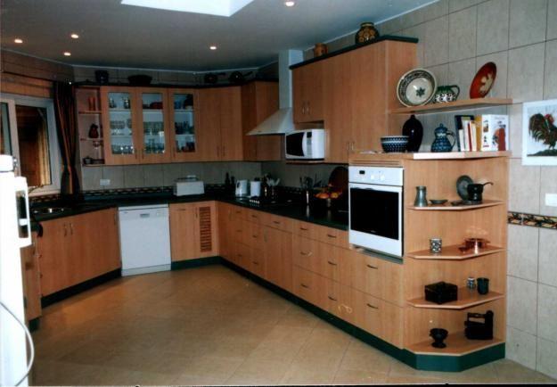 Cocinas y muebles modernos