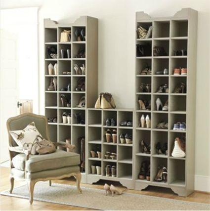 Guarda zapatos en una estanteria - Muebles para zapatos ikea ...