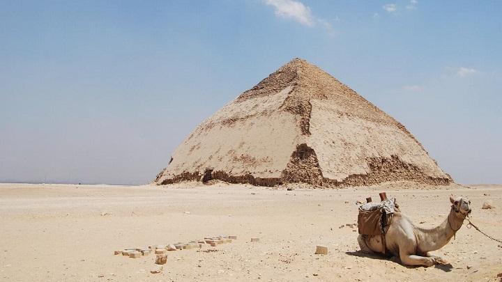 Piramide Acodada