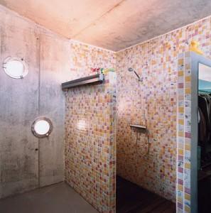 Como usar concreto en el ba o for Concreto de cera en los azulejos del bano