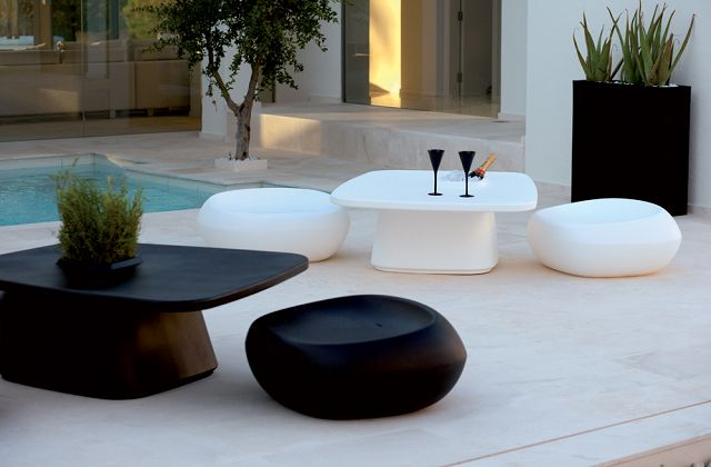Muebles de exterior para terrazas for Muebles para balcon exterior pequeno