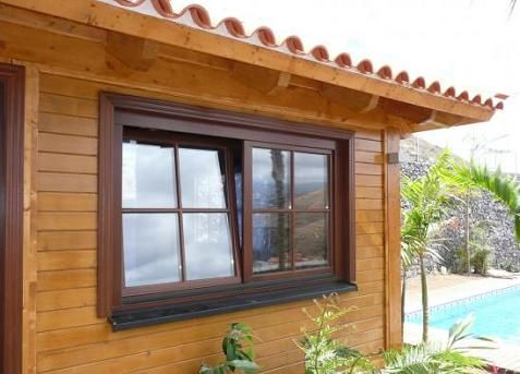 Ventanas de madera for Pintar ventanas de madera exterior