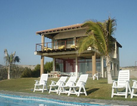 Imagenes de casas de playa fotos presupuesto e imagenes for Casas en alquiler en la playa con piscina