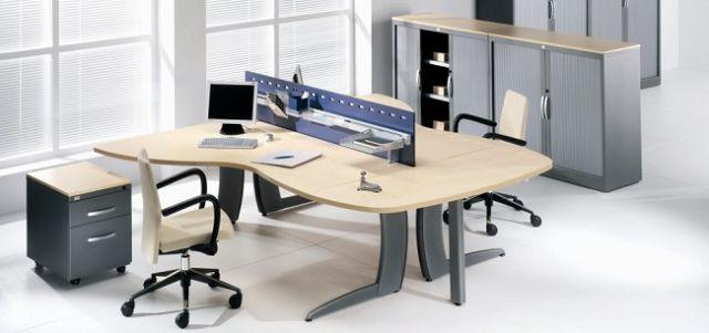 Fotos de escritorios de madera fotos presupuesto e imagenes for Empresas de mobiliario de oficina