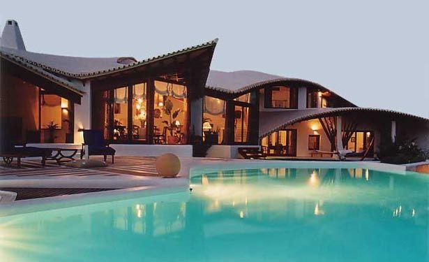 Imagenes de mansiones de lujo fotos presupuesto e imagenes for Las mejores fachadas de las villas