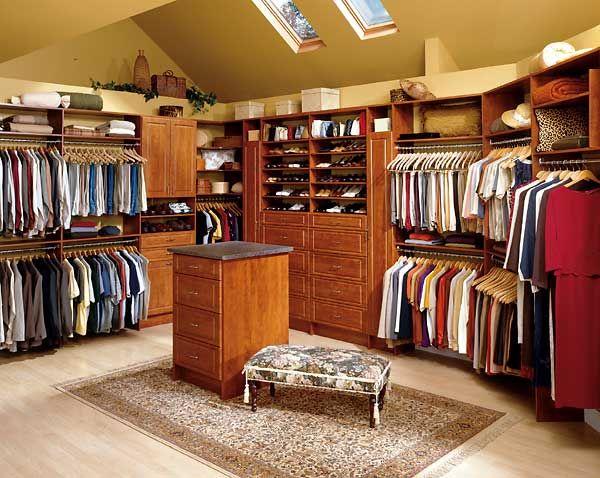 Closets modernos para dormitorios fotos presupuesto e for Closet modernos para habitaciones