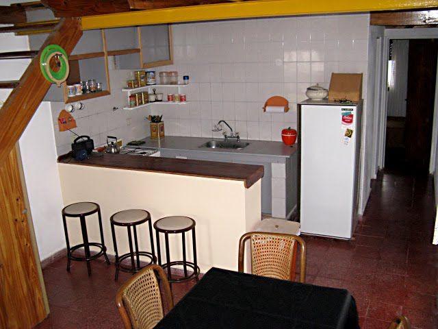 Fotos de barras desayunadoras fotos presupuesto e imagenes for Barras de cocina rusticas