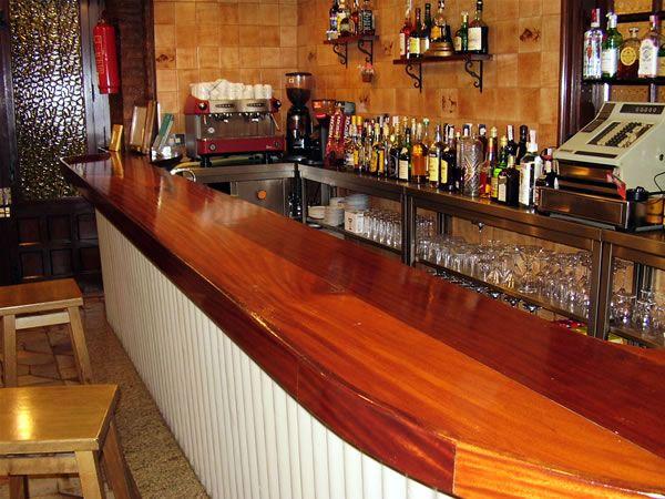 Fotos de barras fotos presupuesto e imagenes - Barra de bar madera ...