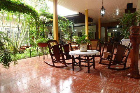 Imagenes de patios decorados fotos presupuesto e imagenes - Fotos de patios de casas ...