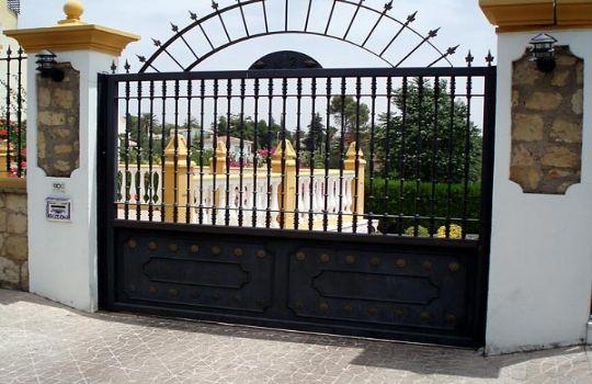 Puertas forja fotos presupuesto e imagenes - Puertas de hierro forjado para exteriores ...