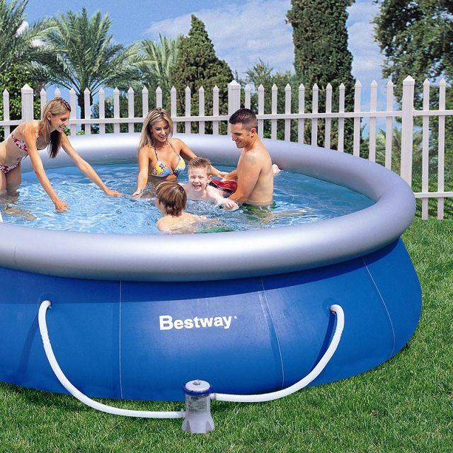 Bestway piscinas fotos presupuesto e imagenes for Piscinas bestway carrefour