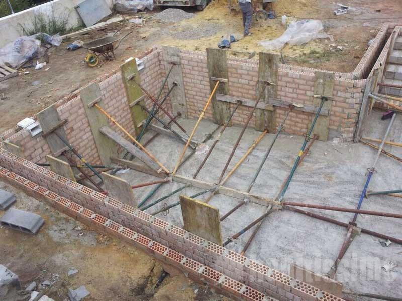 Construcci n de piscina fotos presupuesto e imagenes for Construccion de piscinas temperadas