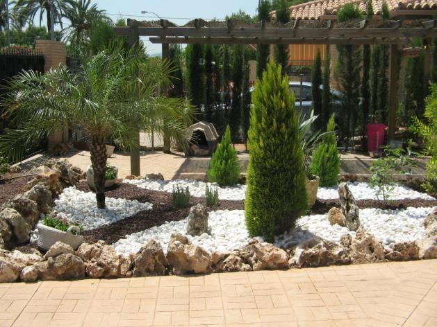 Decoracion de jardines exteriores a buen precio for Jardines decoraciones