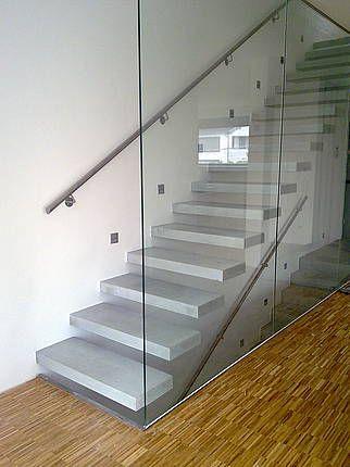 Fabrica de escaleras modernas for Imagenes escaleras modernas