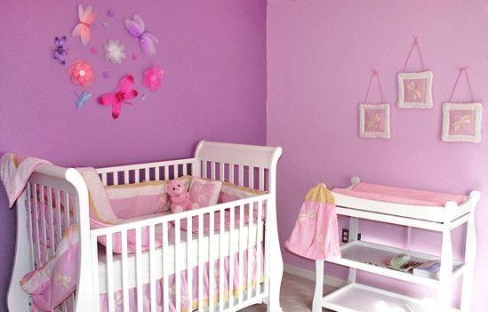 Hacer una decoracion adecuada en las recamaras para bebes for Dormitorios bebe nina