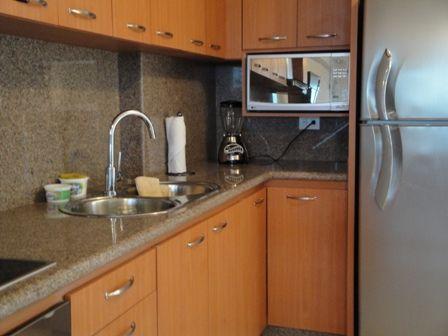 Topes de granito para cocina - Cocinas con encimera de granito ...