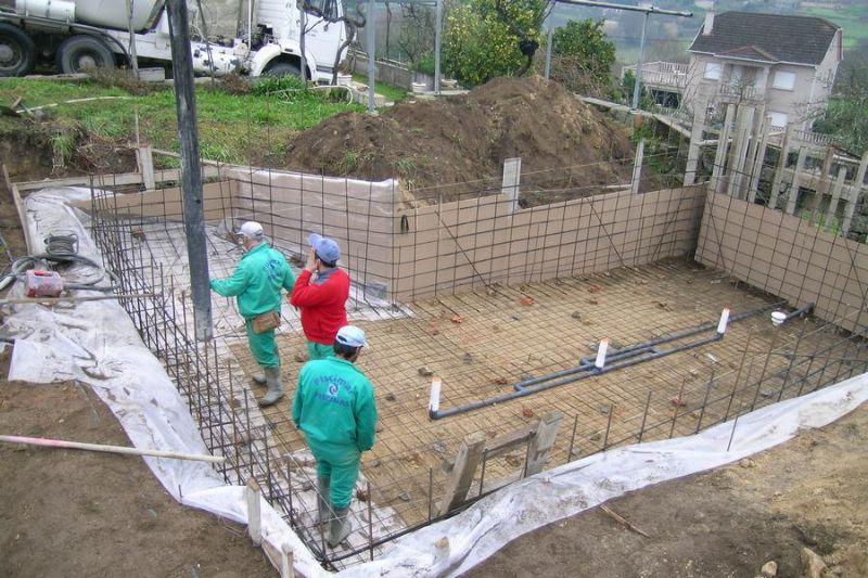 Precio actual de los materiales de construccion for Precio construir piscina