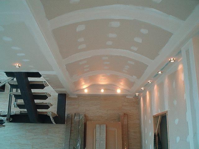 Techos de yeso para tu vivienda - Como colocar pladur en techo ...