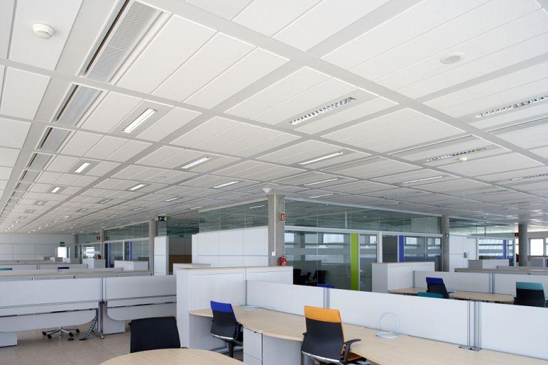 Techos plafonados para la oficina for Terminaciones de techos interiores