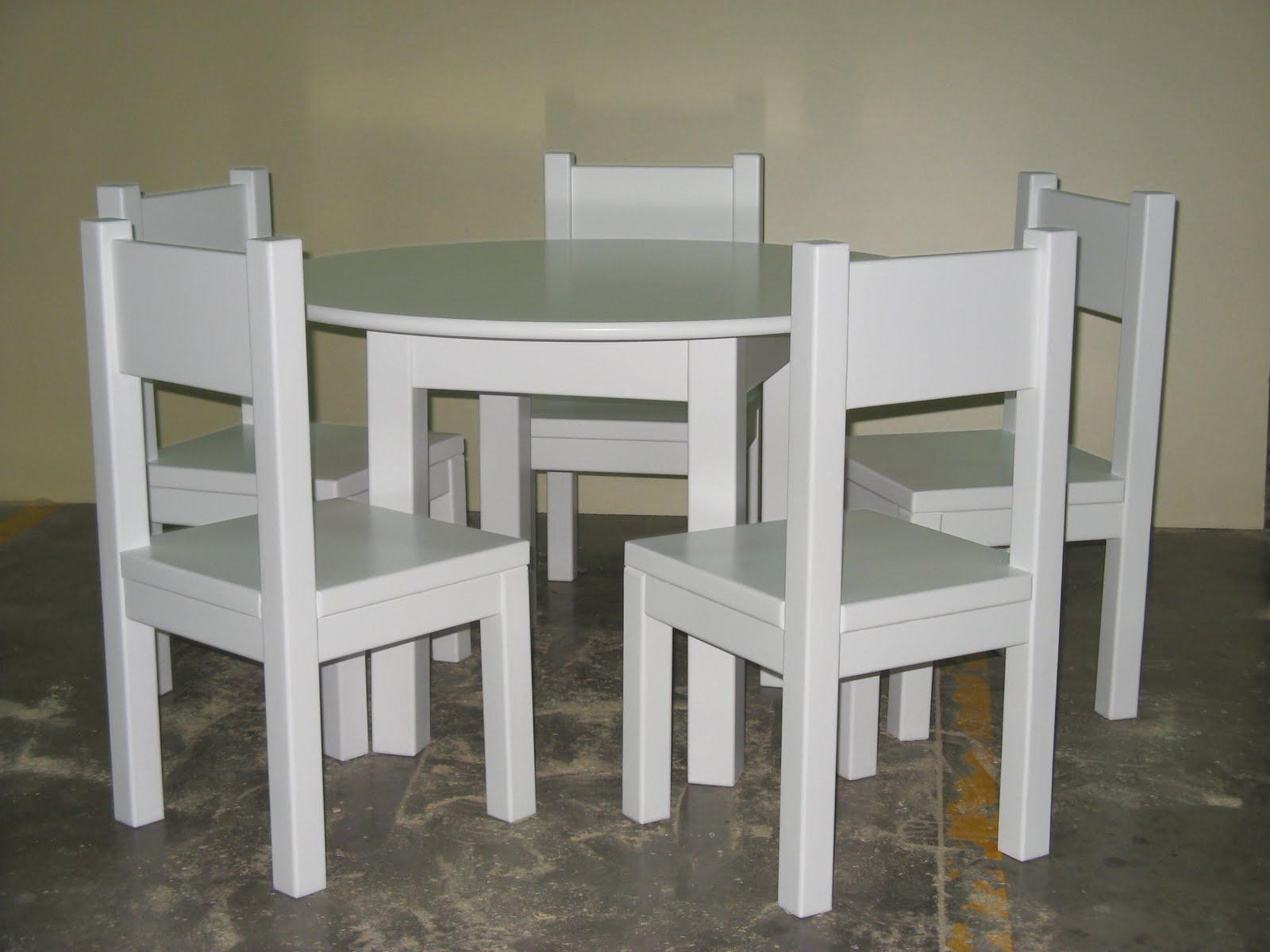 Lamparas y mesitas de centro y de noche for Mesas y sillas para ninas