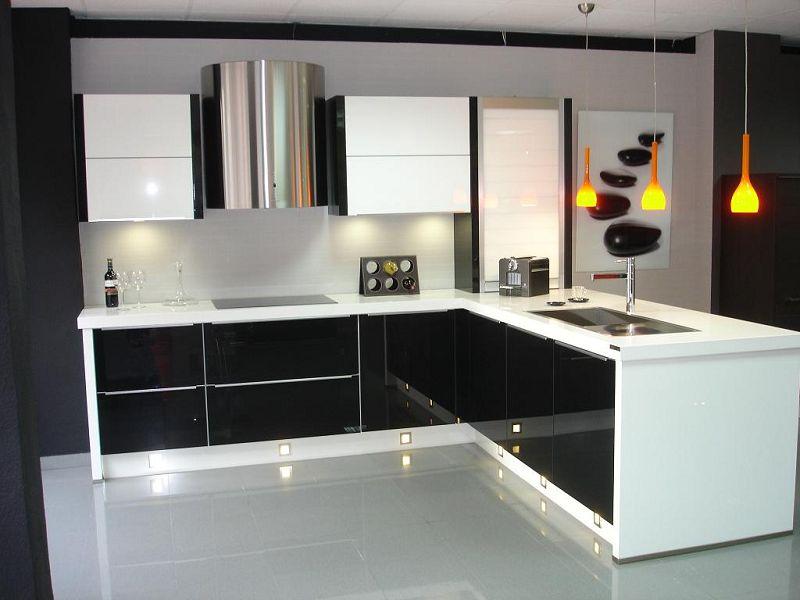 15 fotos de cocinas modernas para este nuevo a o Modelos de cocinas modernas para espacios pequenos