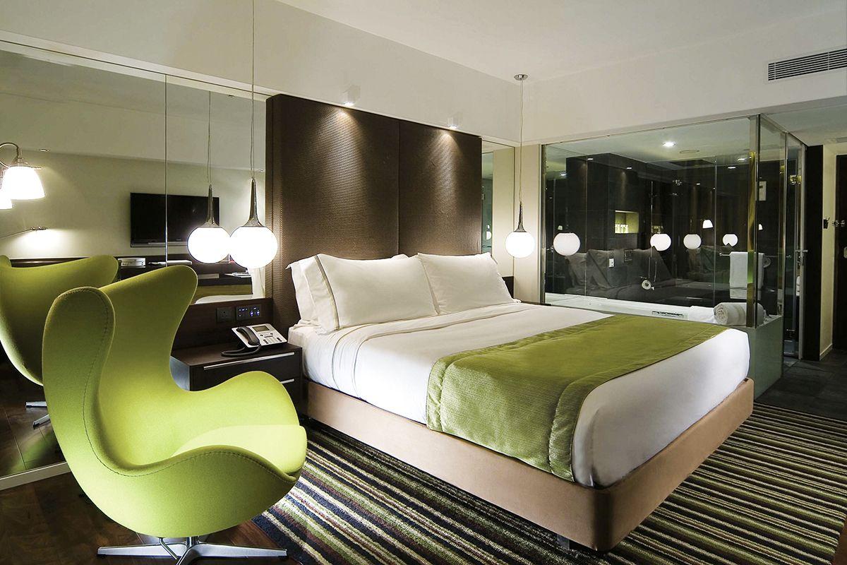 Dormitorios con ba o integrado for Decoracion de recamaras principales modernas