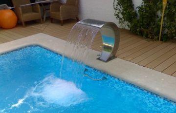 Cascadas para piscinas for Accesorios para piscinas cascadas