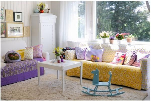 Decorar sala de estar con muebles infantiles