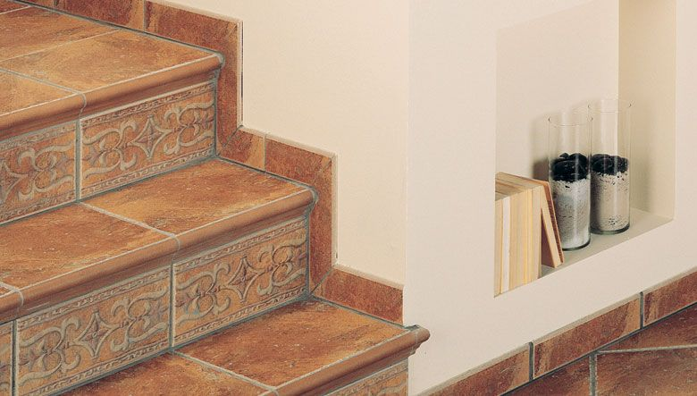 Escaleras seguras reparar baldosas rotas for Escaleras para 3 pisos