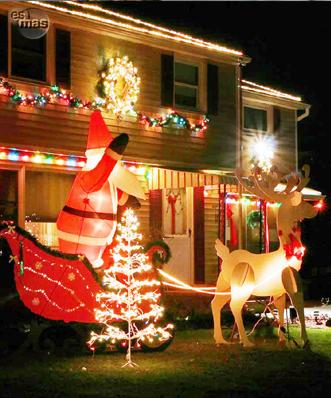 Iluminación Exterior De La Casa Para Navidad
