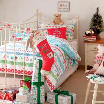 Decoración navideña para dormitorio infantil