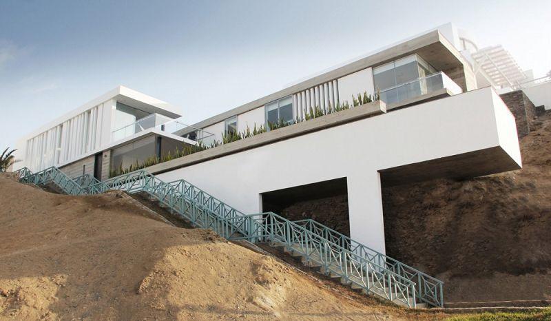 Casa de playa for Arquitectos de la arquitectura moderna