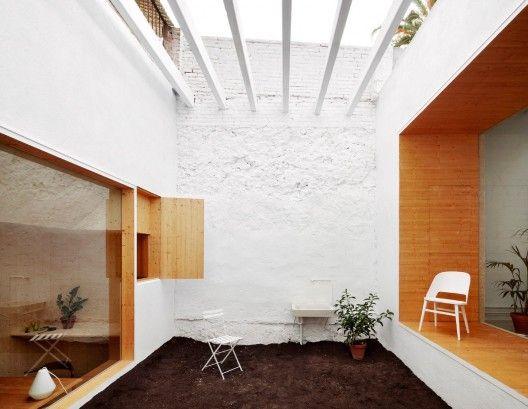 MAIO Studio patio