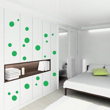 Decoración de paredes modernas con círculos adhesivos  3