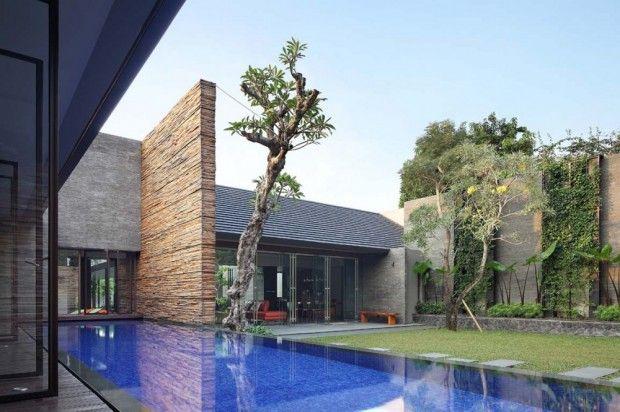 Casa Disminuida piscina