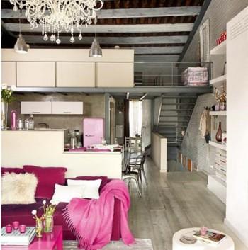 Decoración de un loft con detalles femeninos