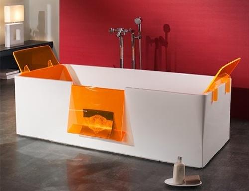 Detalles anaranjados en la decoracion de baños