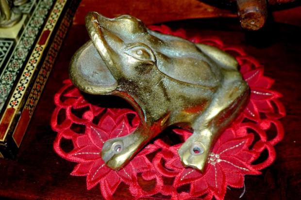 El uso del bronce en la decoración.