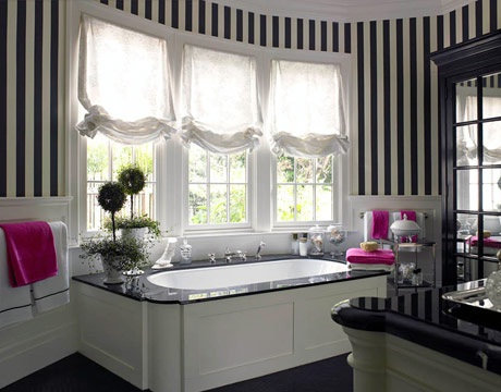 Estampados rayados blanco y negro en la decoración moderna  1