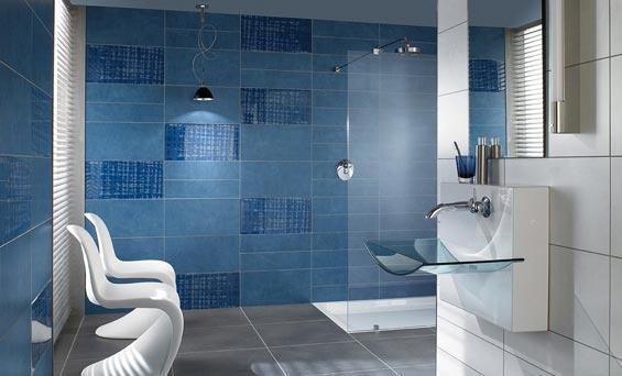 Los azulejos en el baño.