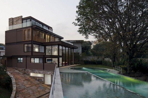 Moderna Casa Brasilera