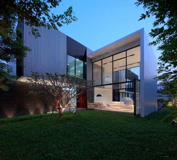 YAK01 House